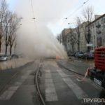 Прорвало трубу с горячей водой в Московском районе Питера